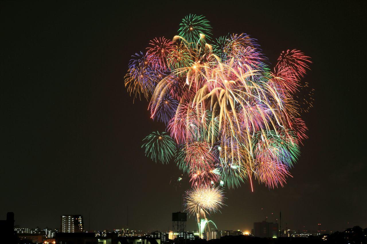 ご近所の花火大会♪٩(๑>∀<๑)۶ Eyeem Best Shots - Fireworks EyeEm Best Edits Japanese Fireworks Fireworks Festival Fireworks In The Sky Fireworks 花火 EyeEm Best Shots EyeEm Best Shots - My Best Shot My Best Place