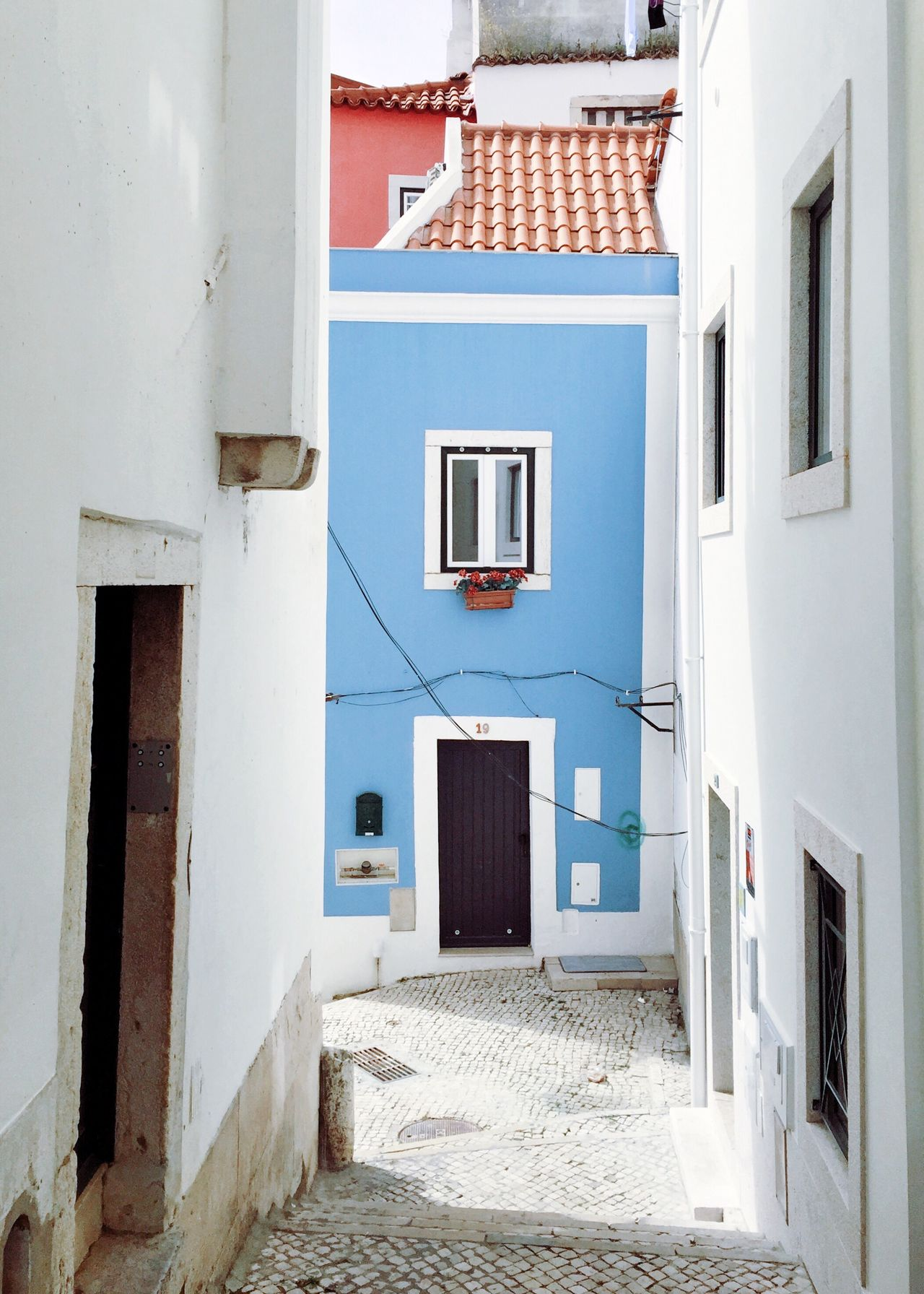 Lisbon april 2017 Architecture Building Exterior House Whitewashed Streetphotography Travel Destinations Lisbon Streetphoto_color Enjoying Life Lifestyles