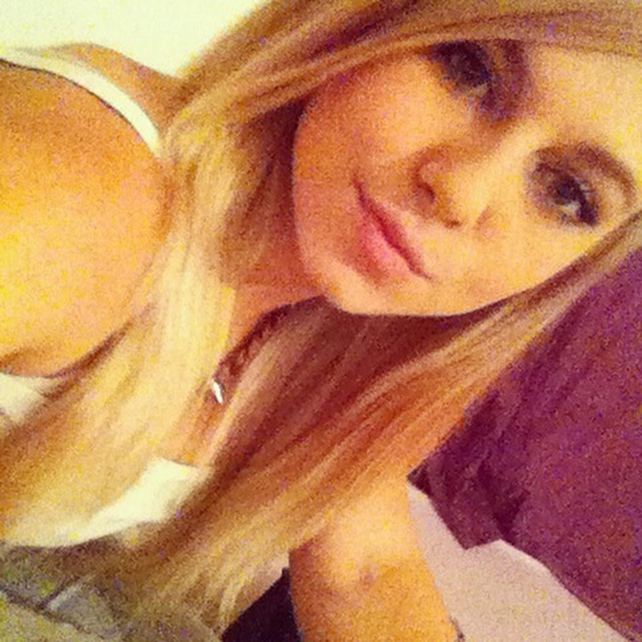 Blond Hair Sweet 16 ❤ Vergeben Glücklich :)