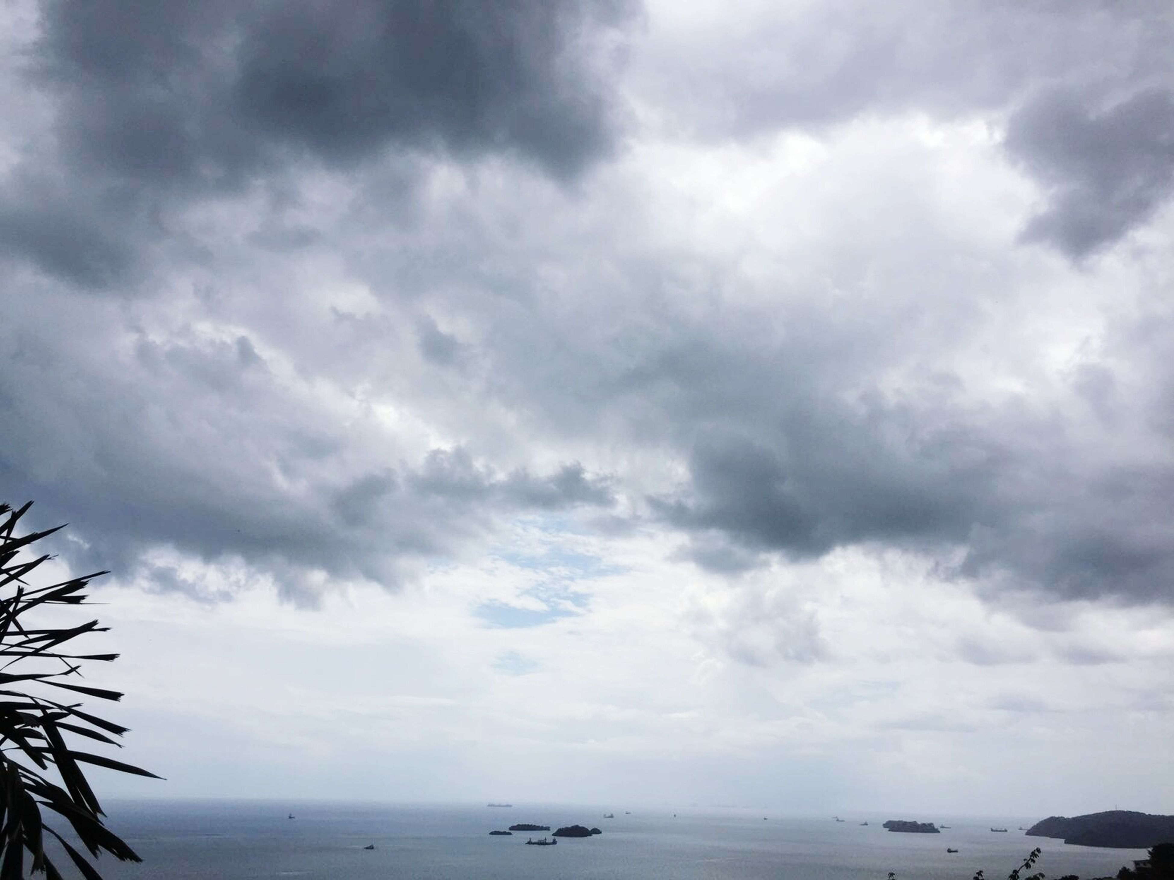 sky, cloud - sky, nature, sea, tranquility, scenics, outdoors, beauty in nature, no people, tranquil scene, water, day, storm cloud