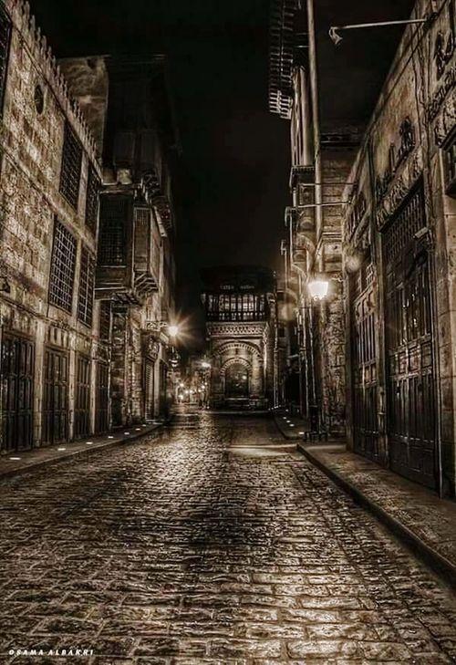 Moezstreet Cairo Egypt .. Streetphotography .. 😍👍🏻