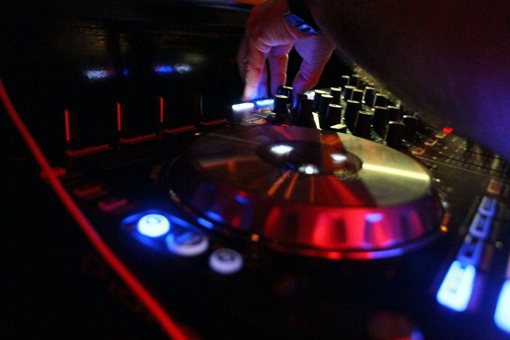 Auriculares Bar Bars Bars And Restaurants Consola Console Deep House Dj Dj Argentina Dj At Work Dj Concert Dj Facu Bruno Dj Life DJ Mar Del Plata Dj Mix Dj Mixer Dj Set Dji Djs Mix Mixed Music Pıonner Dj Techno Techno Music