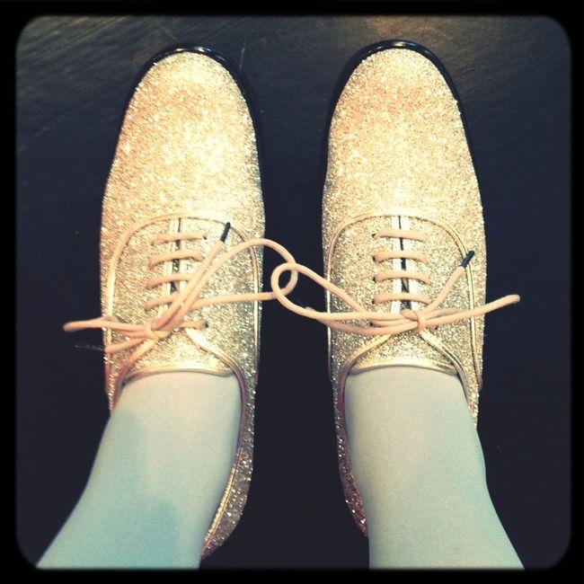 Shoe Gazing