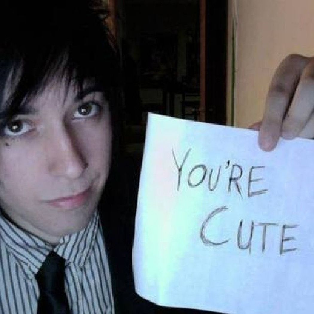 Destreysmith Capndesdes Desandnate Ifollowback followingback