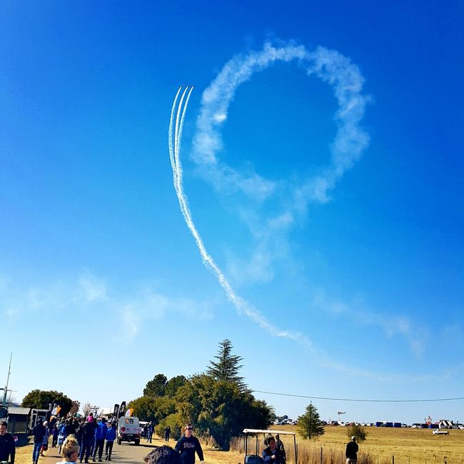 Look to the sky Stunt Jets Streaks Of Clouds Blue Sky Memories Airshowphotography Tempe Backwards Loop Check This Out Outingwithfriends
