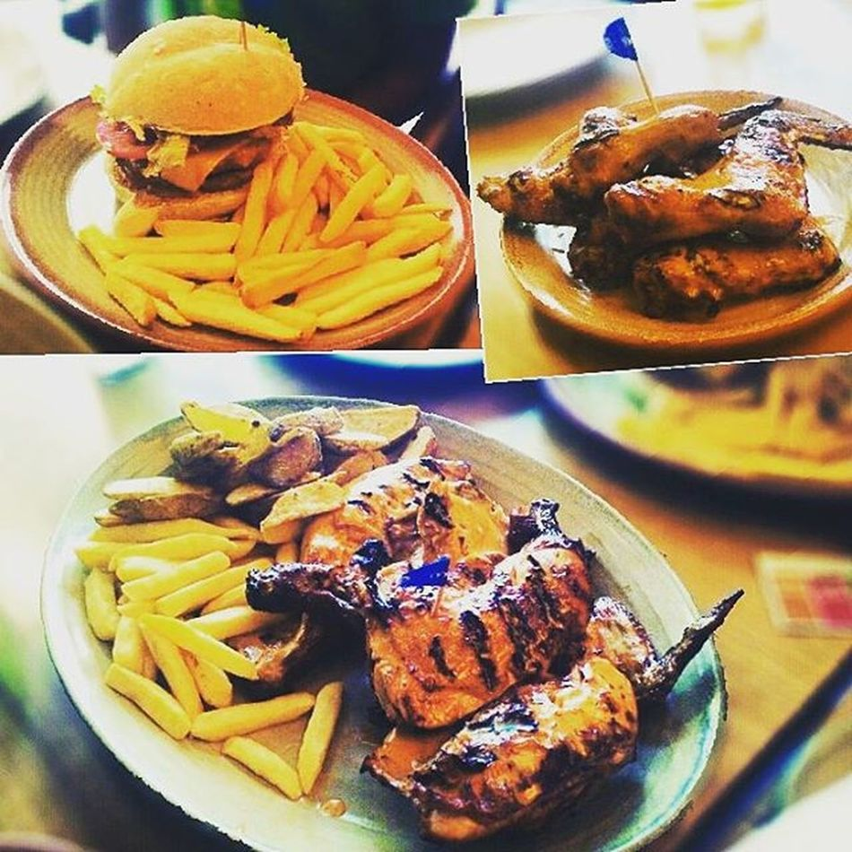 Lunch with Chcha @nijansh PeriPeriChicken Chickenwings Burgermeal and Bottomless Drinks @ Nandos Instafood Food Foodoftheday Foodporn
