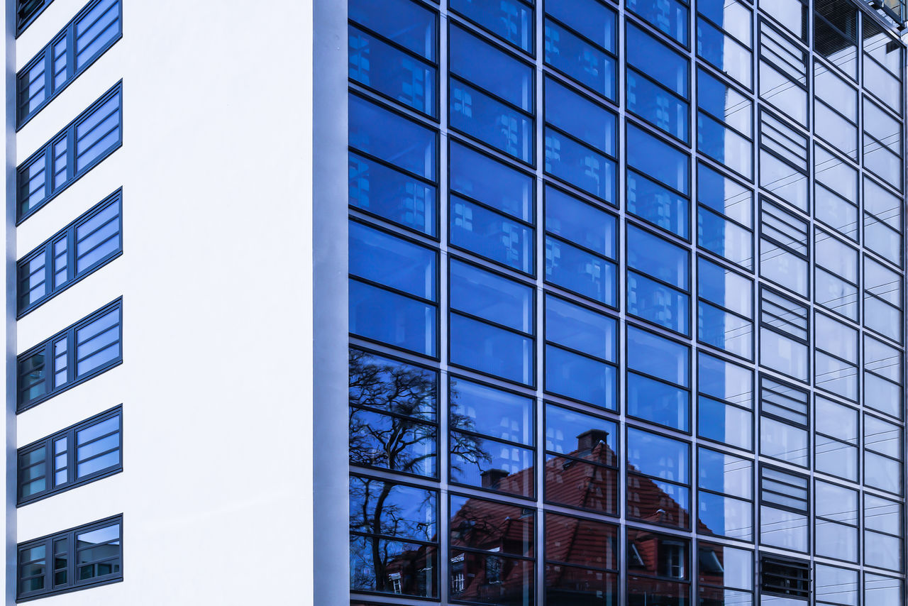 Beautiful stock photos of glas, building exterior, architecture, built structure, low angle view