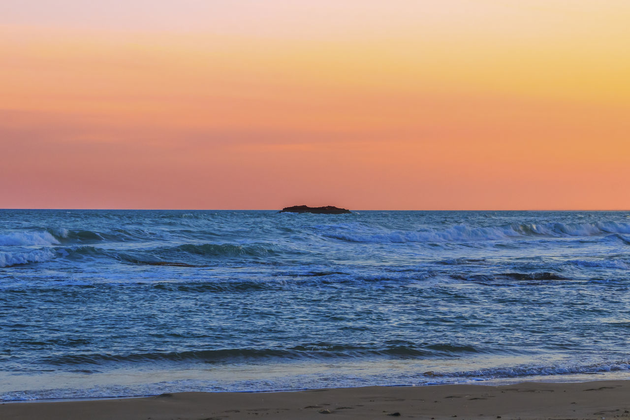 Beach Beauty In Nature Day Horizon Over Water Idyllic Nature No People Outdoors Scenics Sea Sky Sunset Tranquil Scene Tranquility Water Wave