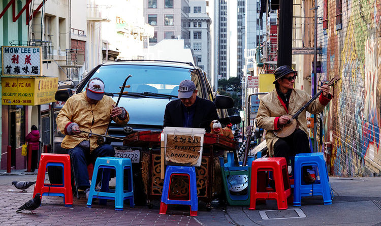 Thanks Donation Chinatown San Francisco California Street Photography Photography Sony A6000 Colors Interesting People People Watching Music Street Performers Showcase March