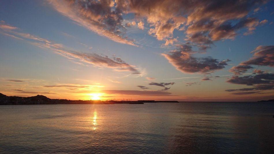 Sunset Sea Reflection Outdoors Animal Wildlife Water Sky Cloud - Sky Scenics Landscape Beauty Summer No People Sun Horizon Over Water Beach Day