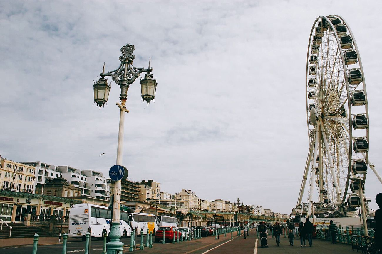 """""""I miss the way you make me feel...when we watched the sunset over the castle on the hill"""" don't know why I'm so stuck in this song. So deep Holiday Cloud - Sky Ferris Wheel Brighton Just Chillin' Enjoying The View Good Times Lovely Day"""
