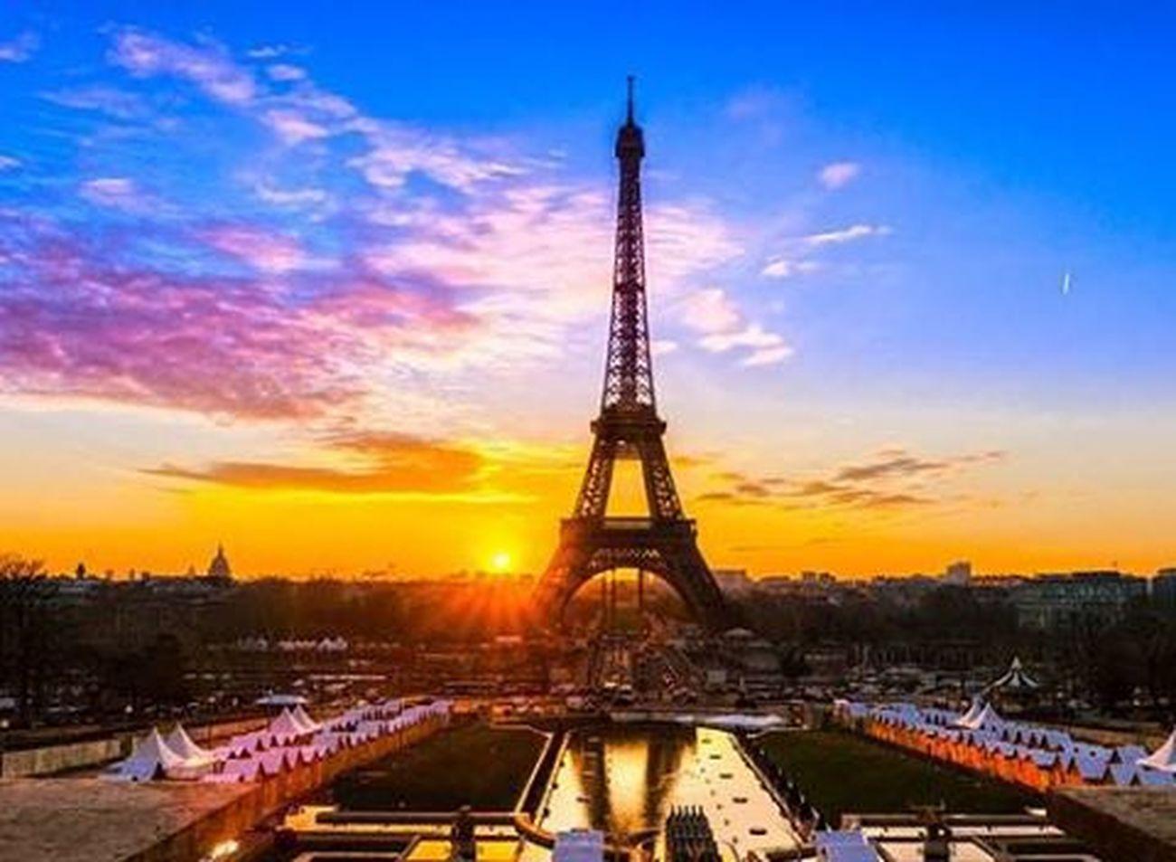 france nos cœurs avec vous. Prayforparis France Pasdeterrorisme Terörehayır Noterrorism