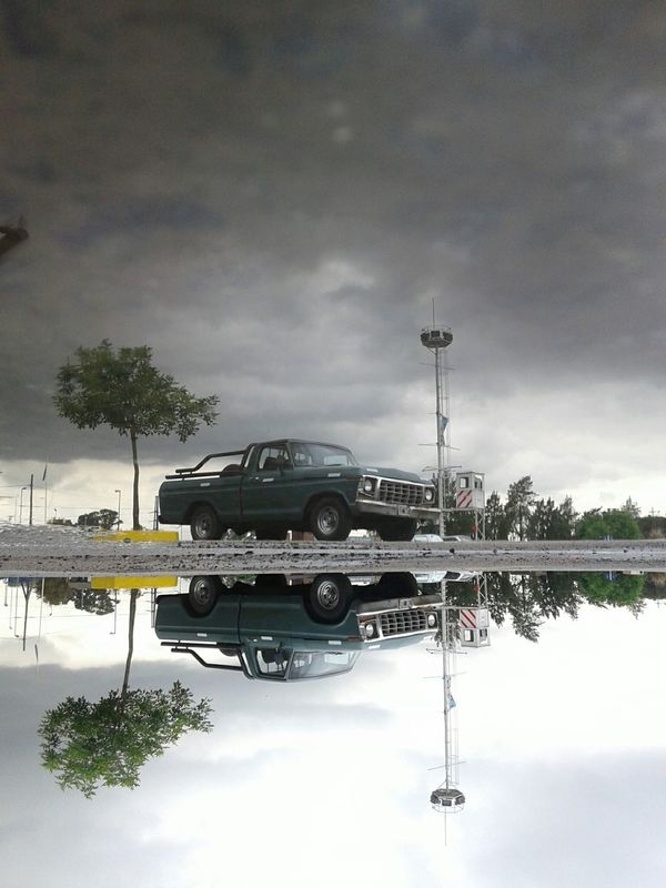Ford Truck Ford F100 Ford Classics Reflection Light And Reflection The Drive Buenosaires Vintage Old Cars Antique Cars Antique Car Buenos Aires, Argentina  TheWeekOnEyeEM Smartphonephotography Smartphone Photography Smartphone Photos City Street Urbanphotography Transportation Streetphotography