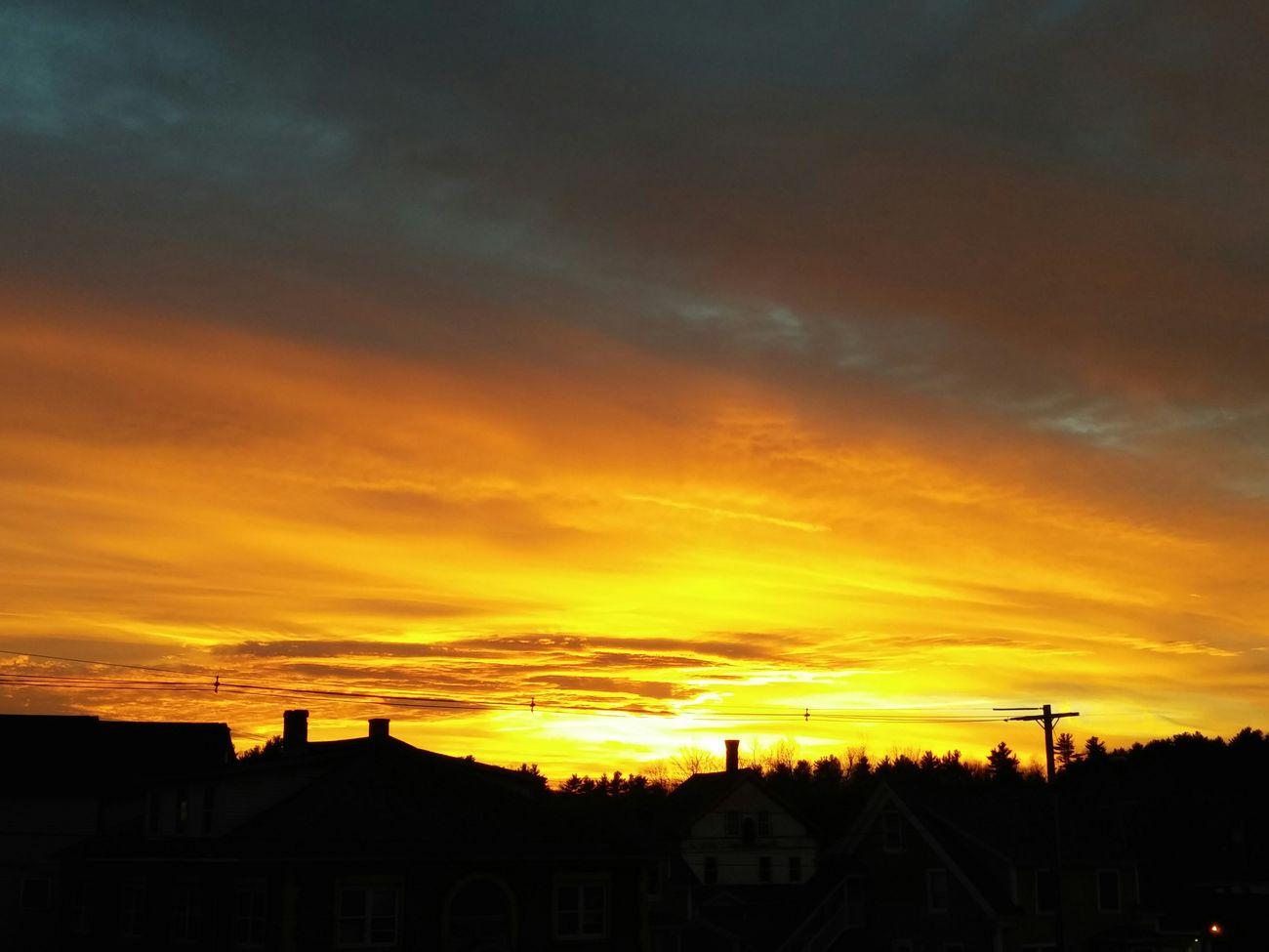 Nofilter Sunset Dramatic Skies Lookslikeheaven Newhampshire Skyline RedSkiesAtNight