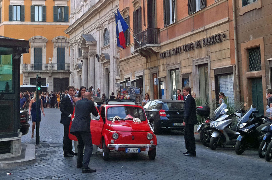 Rome, Italy Sep 2 - 4, 2011 Adult Adults Only Architecture Building Exterior Built Structure Cinquecento City Day Fiat Fiat500 Flag Happy Wedding Land Vehicle Men Mode Of Transport Outdoors People Real People Red Transportation Tricolor EyeEmNewHere