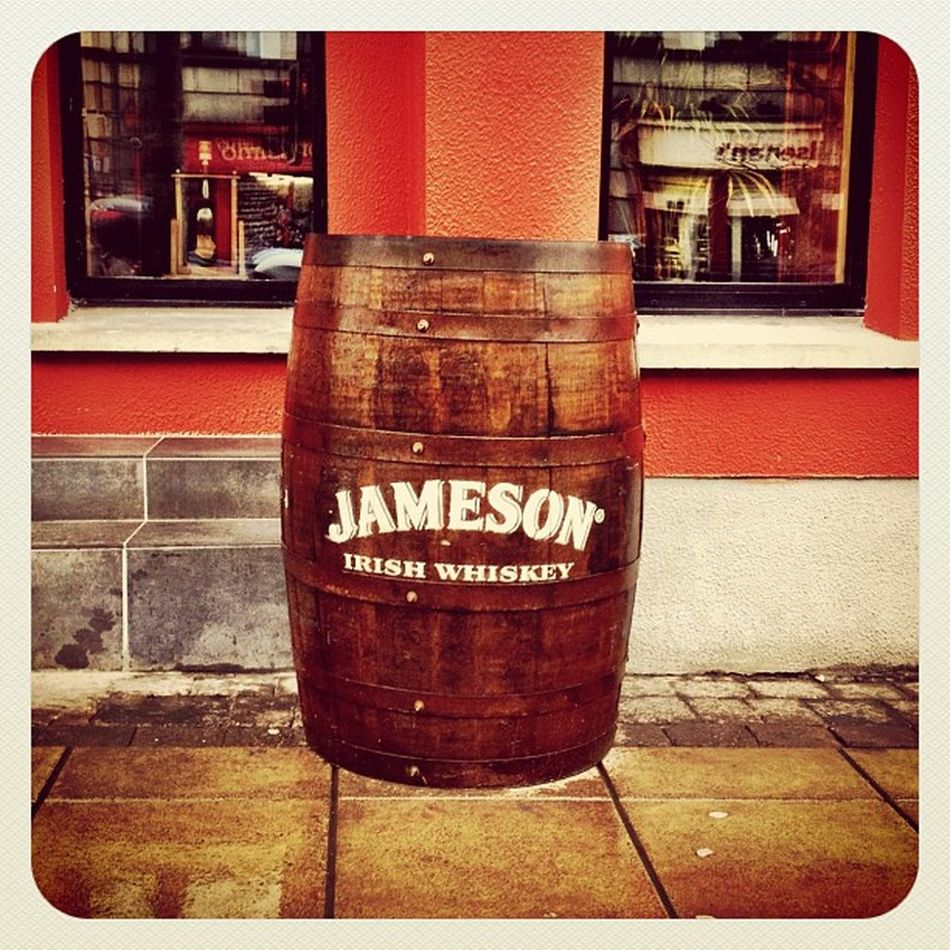 Jameson ? #barrel #whiskey #irish #ireland #earlybirdlove #gf_ire #ebstyles_gf #jj_forum #jj #swords Ireland Irish Whiskey Swords Jj  Barrel Earlybirdlove Jj_forum Ebstyles_gf Gf_ire