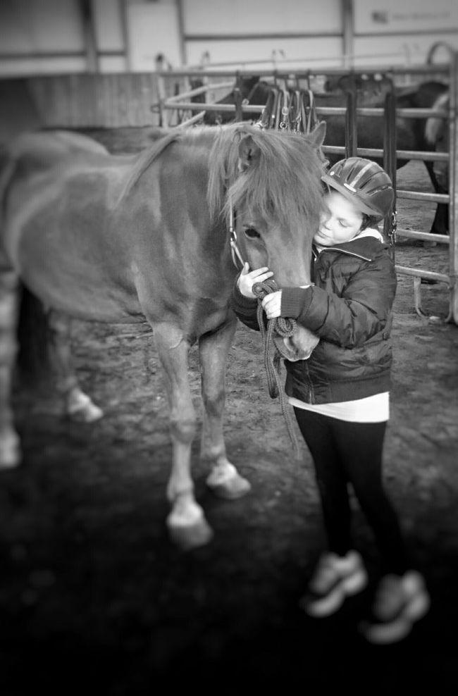 Mánagrund My Daughter ♥ Her Bestfriend Horse Red Enjoying Life