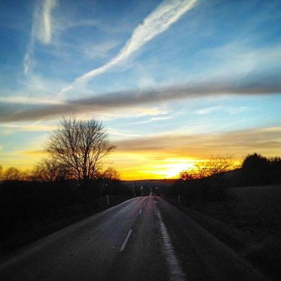 Sunset Sun Twilight Cloud Clouds Road Roadtrip Street Landscape Landschaft Landstrasse Tree Trees Photoarena_sunset Highway