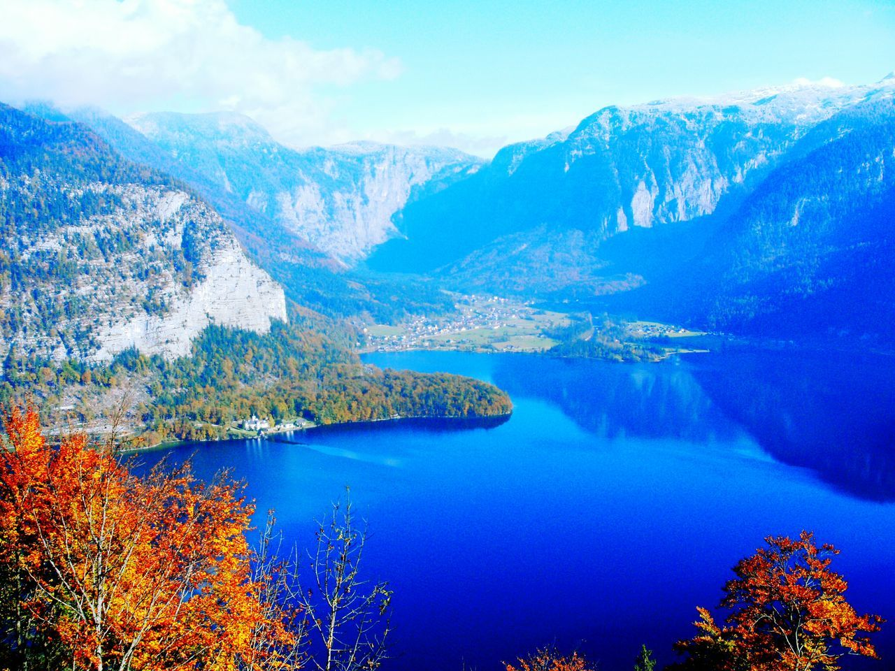 The Great Outdoors With Adobe Obertraun Travel Photography Lake View Lakeshore Lake Seen Landscapes Landschaft Beauty In Nature Reisefotografie Scenics Landscape Landscape_Collection Landscape Scenics Lakeside Mountains Mountain_collection Mountains And Valleys Mountainside Austria Alps Alpen Hallstätter See Hallstatt