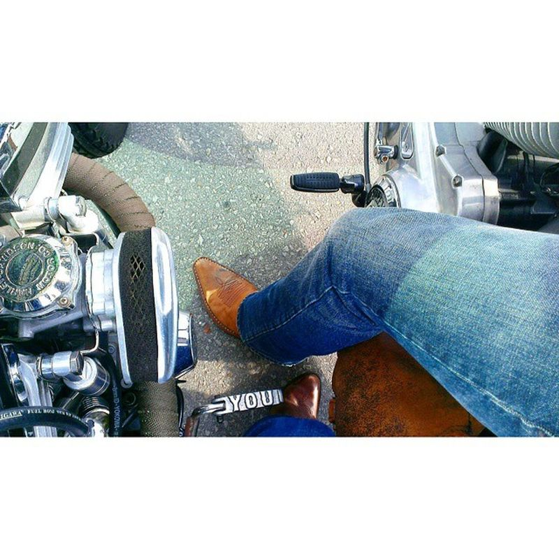 CloseProximity Boots and my Aircleaner Suck!! DoYOUgetit ? Motorcyclepeople