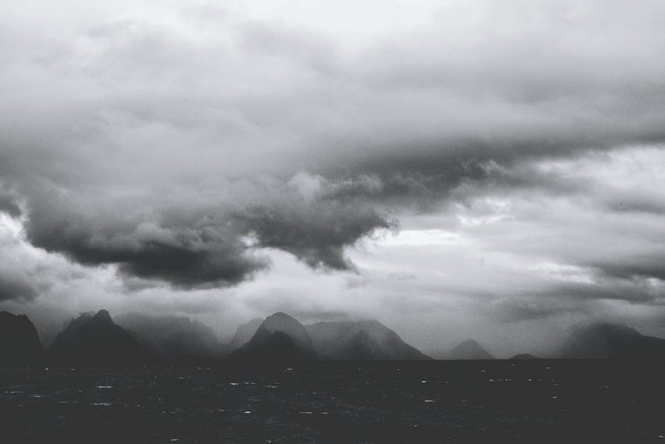 A welcome of my taste. Lofoten, North Norway Lofoten Islands Norway North Sea North Storm Black & White Travel Photography Travel Edge Of The World The Great Outdoors - 2016 EyeEm Awards