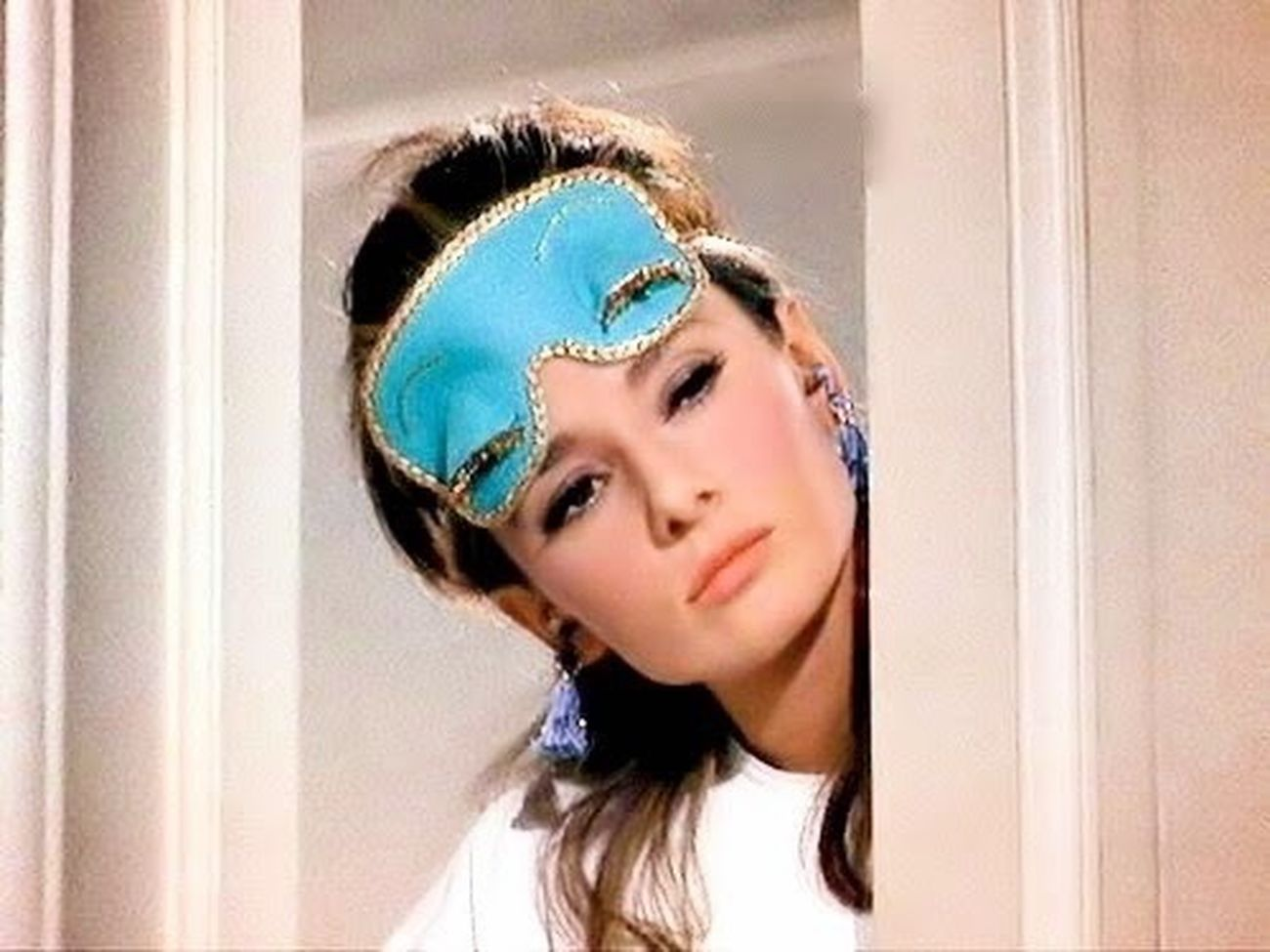 GM Goodmorning Audrey Hepburn Fun Morning