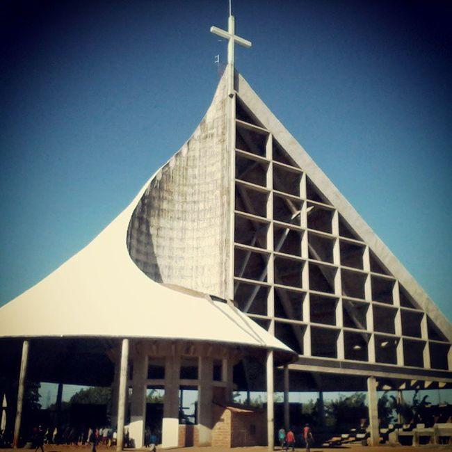 Começando o dia no Horto... JuazeiroDoNorte Turismo Tranquilidade Sol Calor Rahhdantas Vibetriskelion Ceará Igreja Horto PadreCícero