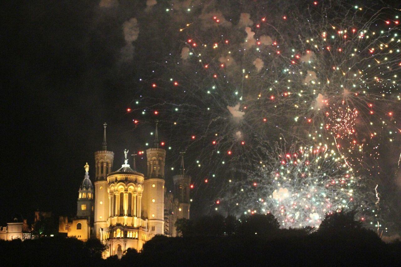 Beautiful stock photos of fireworks, Castle, Celebration, Colorful, Entertainment
