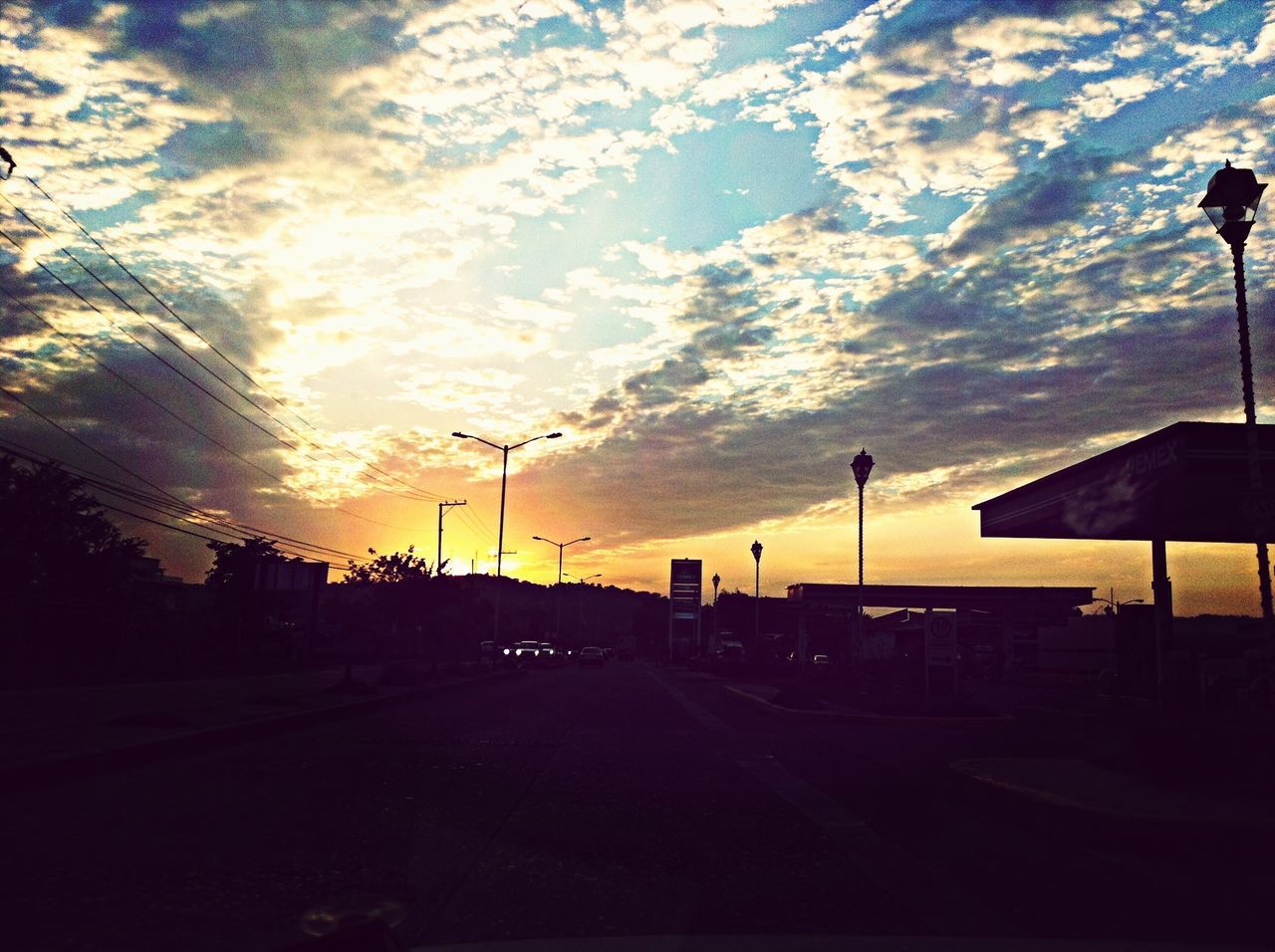 Atardecer Taking Photos On The Road With BlaBlaCar