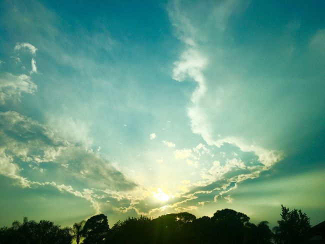 Sunset Sunset_collection Sunset Silhouettes Sunset #sun #clouds #skylovers #sky #nature #beautifulinnature #naturalbeauty #photography #landscape Sunsets Cloud Clouds And Sky Clouds Cloudporn Cloud - Sky Cloudy