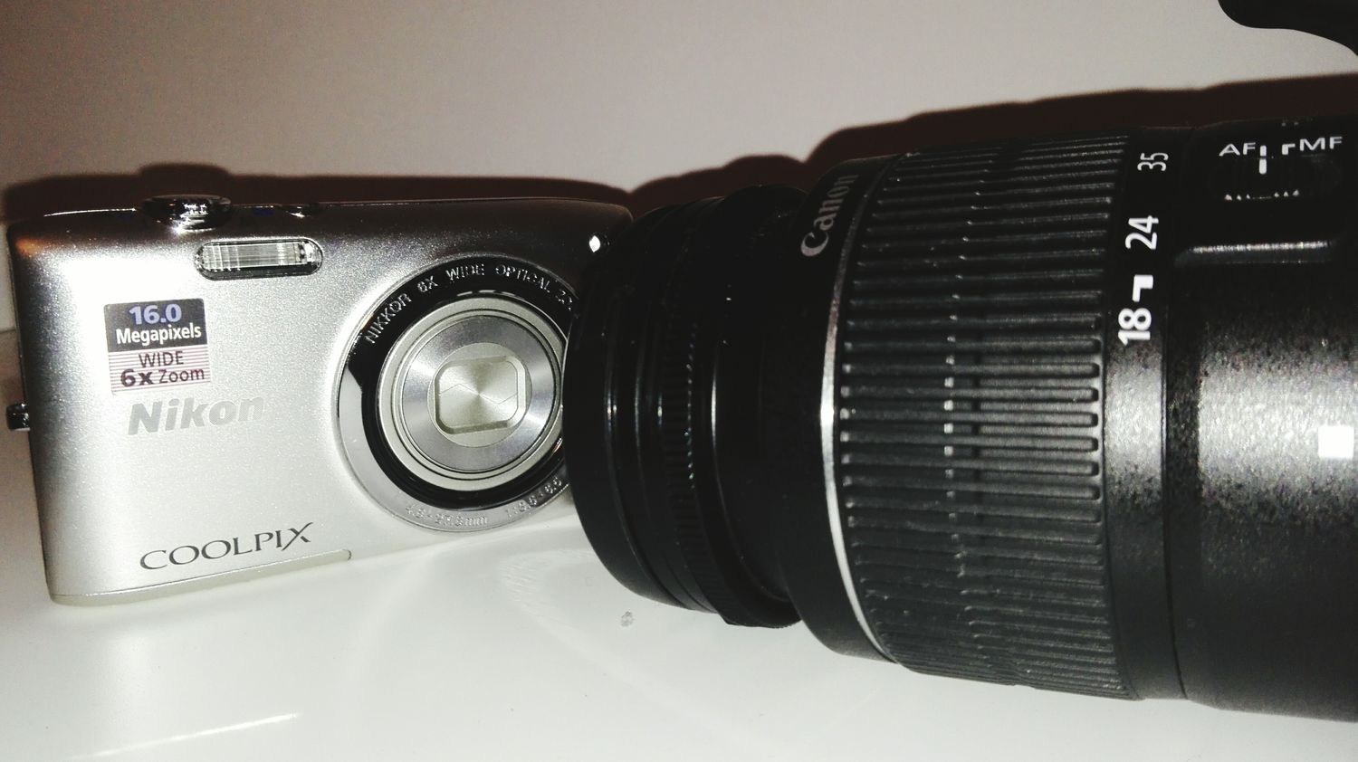 That moment when your first camera meets your new camera 📷 Lieblingsteil Nikon Canon Nikon Vs Canon Old Object New Object First Camera Old Memories Old Meets New New Memories Long Trowback Favoritethings
