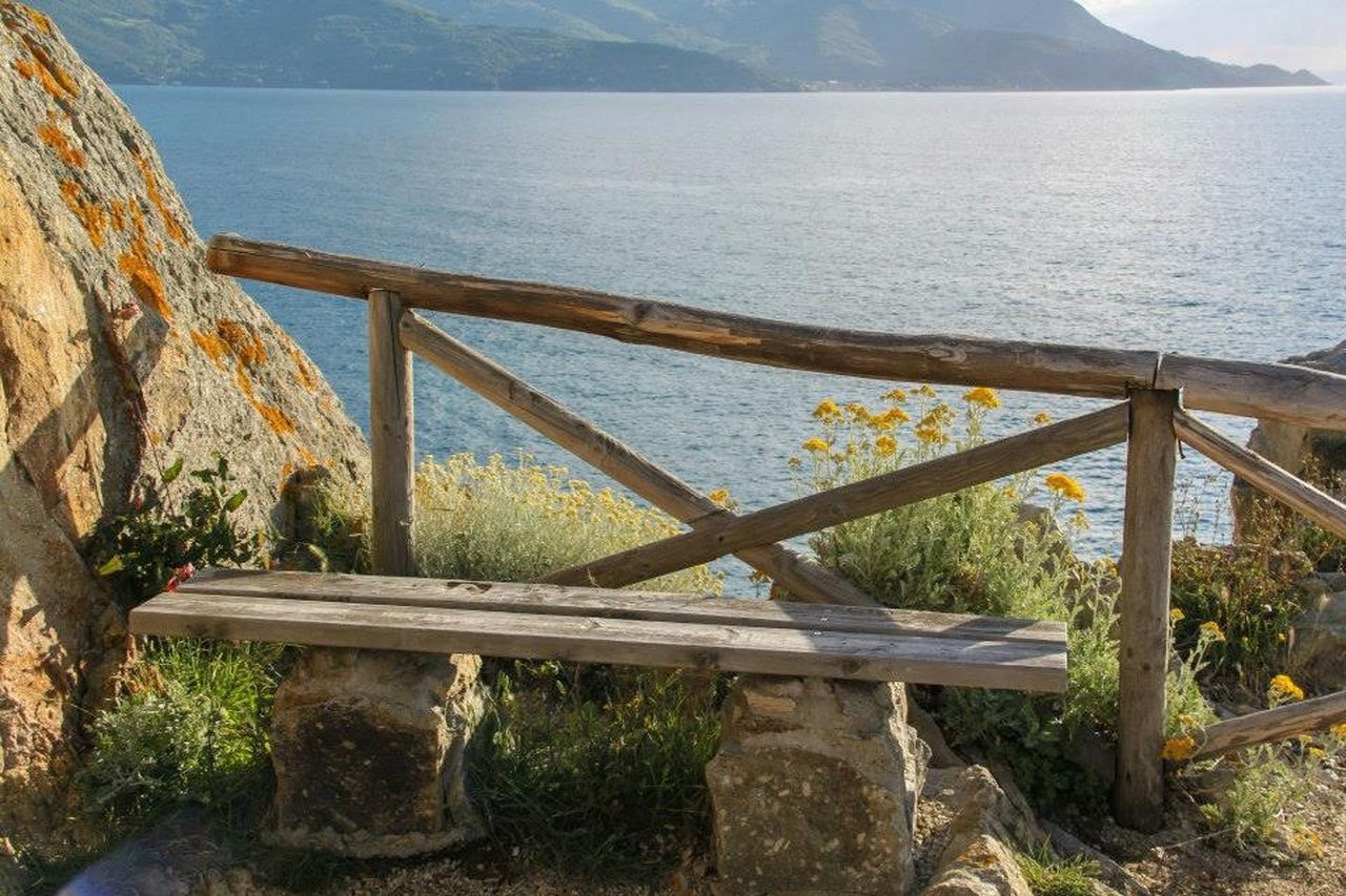 sea, water, railing, scenics, day, nature, tranquility, tranquil scene, no people, beauty in nature, horizon over water, outdoors, sky