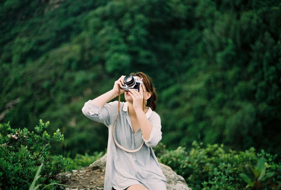 Beautiful stock photos of vintage, Asian And Indian Ethnicities, Camera - Photographic Equipment, Casual Clothing, Day