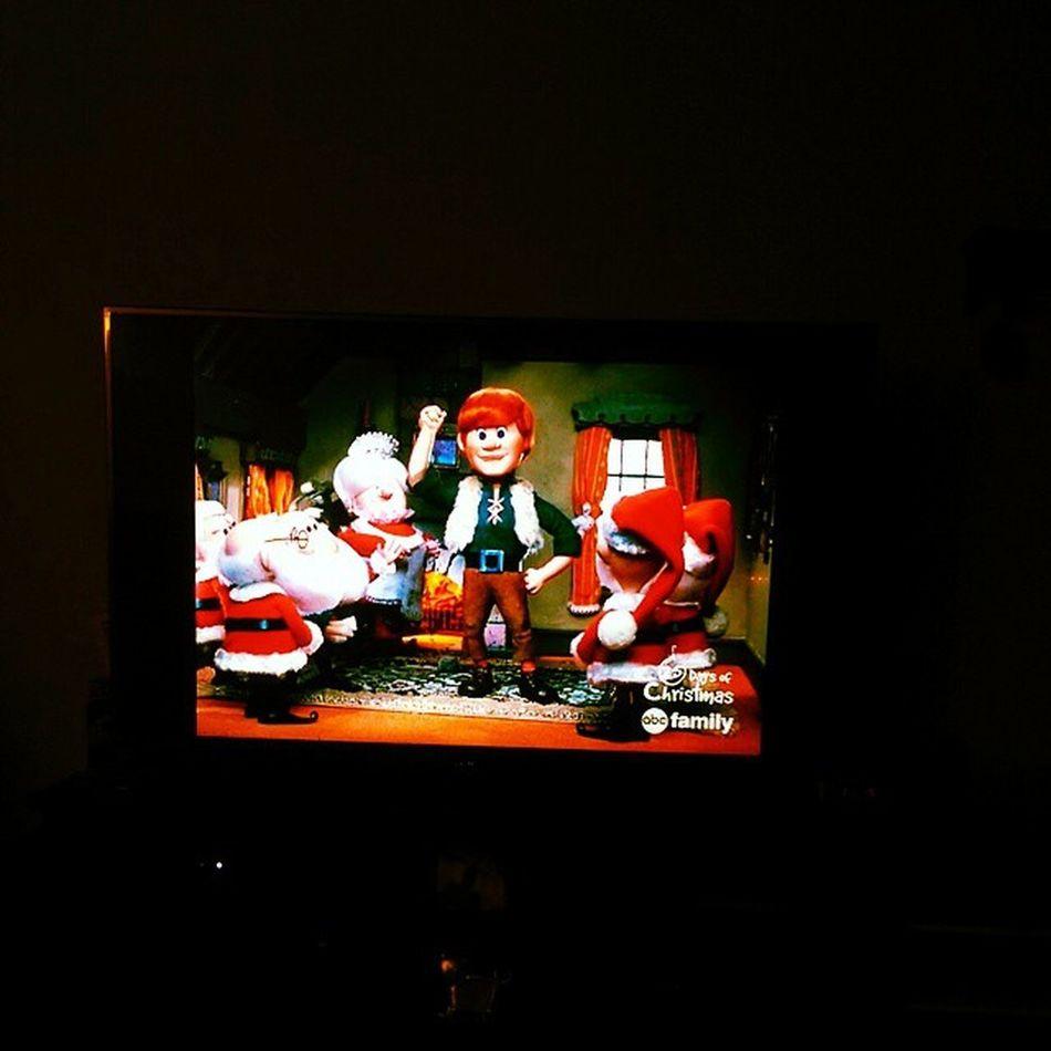 Santaclausiscomingtotown 25daysofchristmas @abcfamily :)