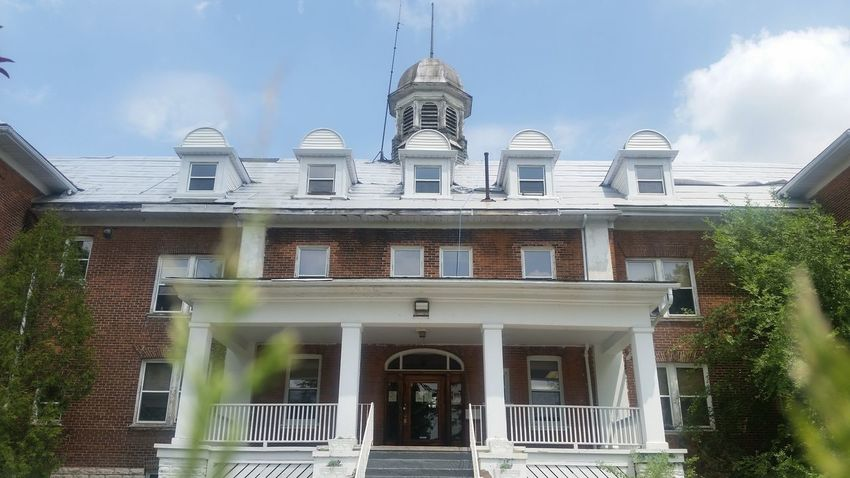 Last standing Residential school in Ontario. Architecture Building Exterior Built Structure Balcony No People Window Day Sky Aboriginal EyeEmNewHere Residential School