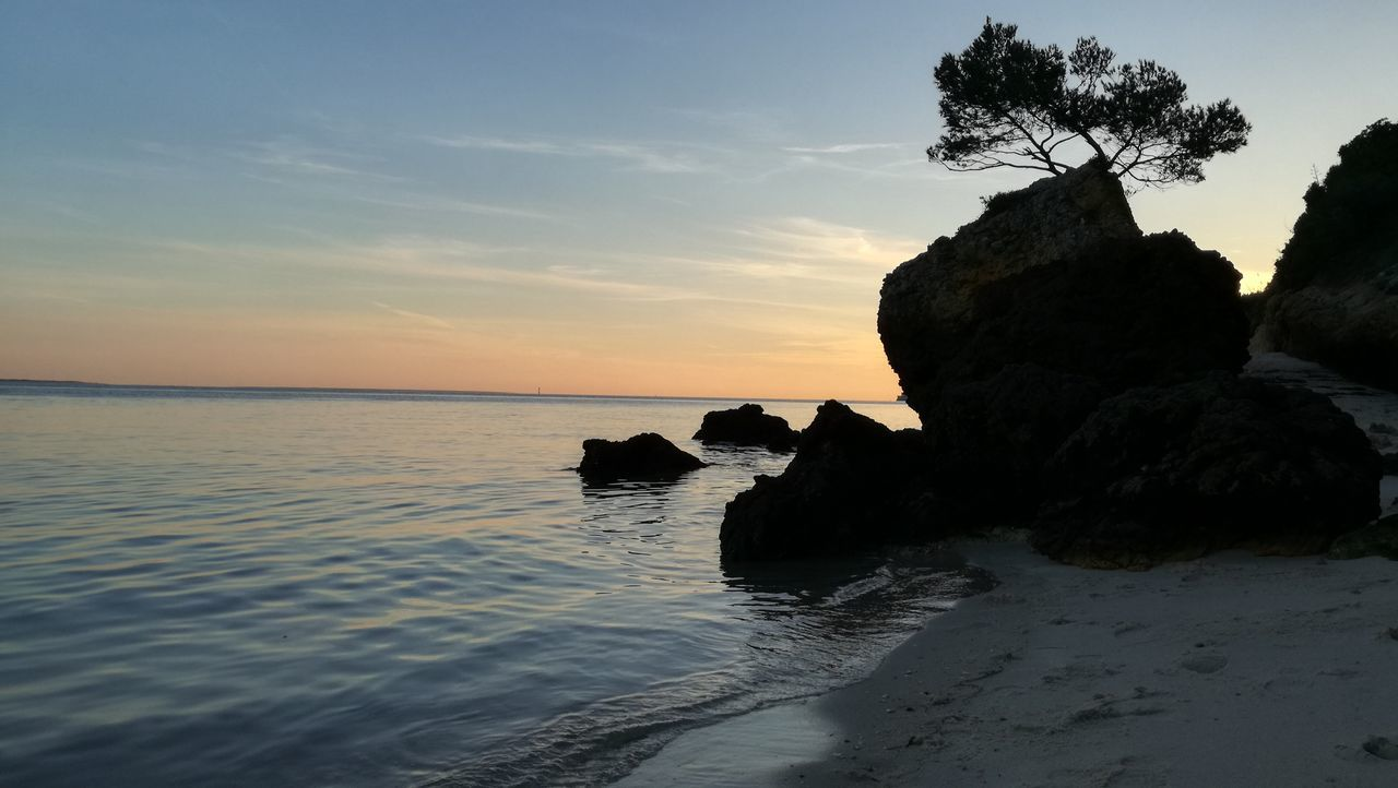 Sea Sunset Nature Rock - Object Landscape Horizon Over Water Outdoors Beach Beauty In Nature Day Setúbal Portugal Setubal Albarquel Beachphotography Beach Sunset Sky And Clouds