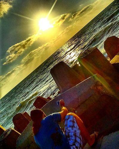 .🌞💖🌊🌆⛅🐚🐳 my sister's pic 😍Sea Seaside Seashell Tides Cost Beach Sunset Sky Skylovers Clouds Naturelovers Nature Natural Beautiful Beauty Love Likes Thinking Rocks Me My Shot Travel Egypt Raselbar damietta