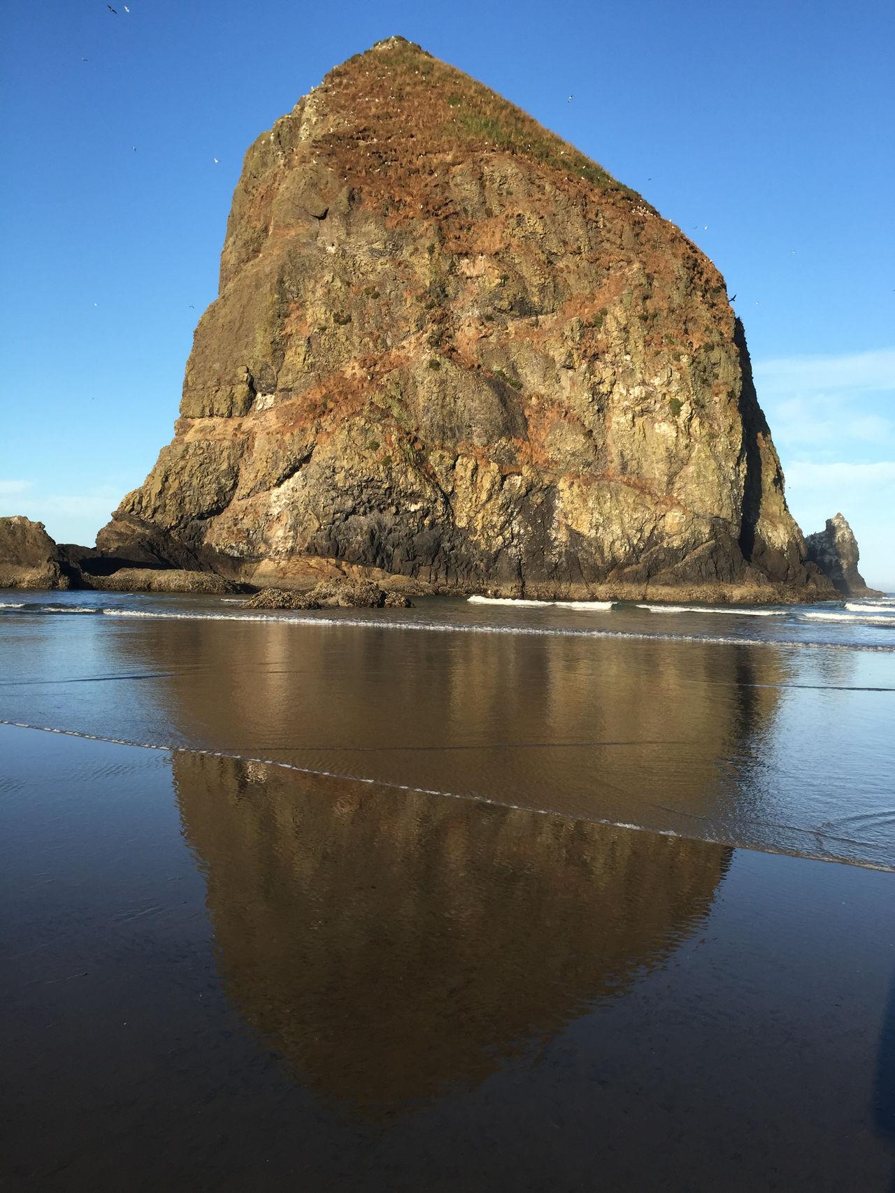 Haystack Rock at Cannon Beach, OR Cannon Beach, OR Haystack Rock Ocean View Oregon Coastline Pacific Northwest Beauty Pacific NorthWest Coast Pacific Ocean View Rock Formation First Eyeem Photo