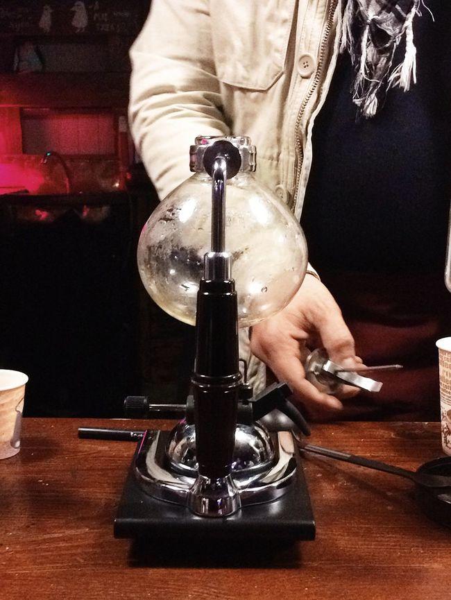 syphon coffee making Cafe Coffee Coffee House Coffee Machine Coffee Maker Food And Drink Indoors  Make Coffee Making Coffee Syphon Syphoncoffee Table