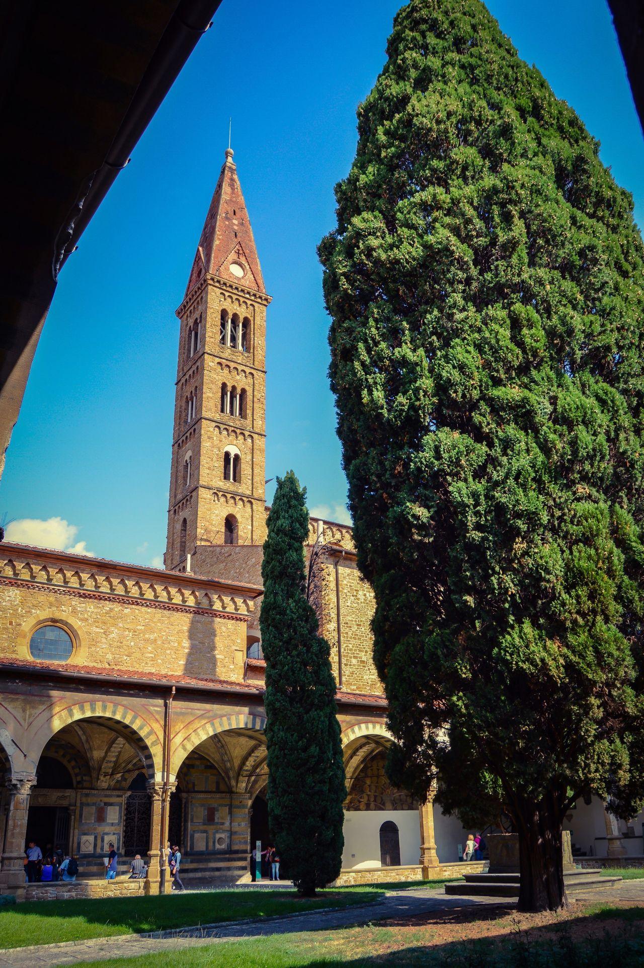 Convento de Santa Maria Novella (Florence - Italy) Architecture Tower Tree Travel Destinations Outdoors Travel Tourism Cloister Convent Florence Italy Arch Column