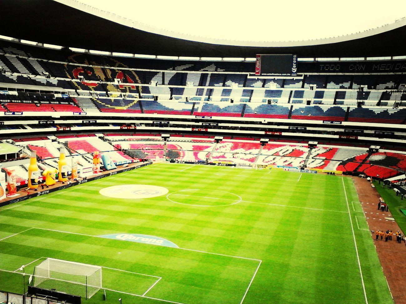 Llegando a apoyar al América. Estadioazteca