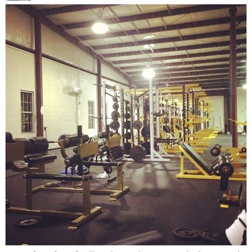 While all you other nighas in the bed sleep, the only one in the gym