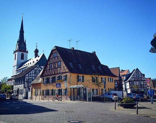 Eltville-am-Rhein. Erbach. Eltvilleamrhein Eltville Erbach Rheinlandpfalz Rhein Deutschland Germany Europe