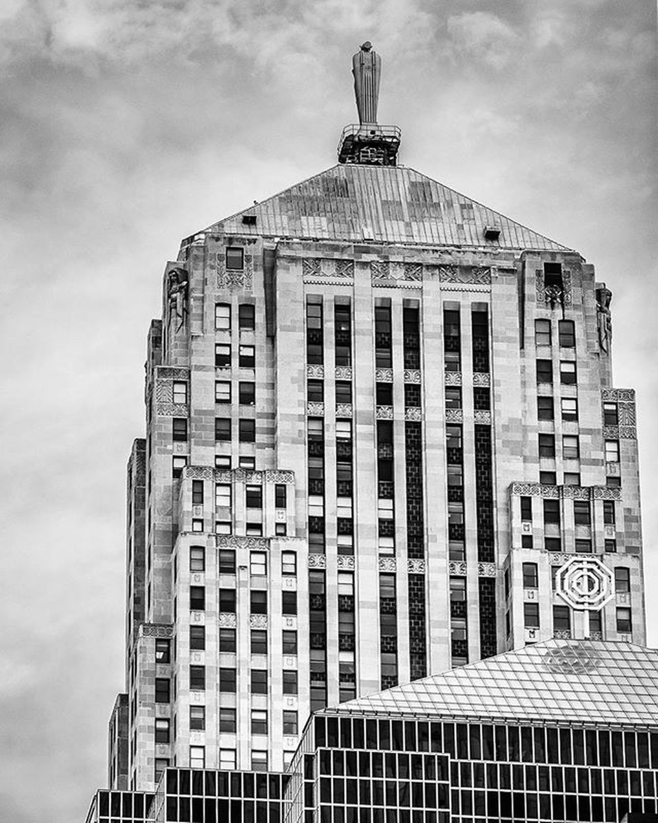 The other side of the Chicago Board of Trade building. Lookingup_architecture Sky_high_architecture Loves_architecture Jj_architecture Architecturewatch Rsa_architecture Archilovers Tv_buildings Chiarchitecture Architecturegram Instaarchitecture Windycity_bw Stunningbnw Loves_bnw Awesomebnw Rsa_bnw Bnw_captures Splendid_bnw Likechicago Mychicagopix Igerschicago Chicity_shots Flippinchi Artofchi Insta_chicago chicagoprimeshots choosechicago