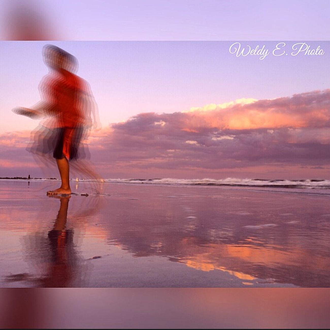 Sunset At Long Beach, NY Longexposurephotography EyeEm Best Shots - Long Exposure Long Exposure Shot Slowshutter World Visualmagic EyeEm Best Shots Beachphotography Sunset_collection EyeEm Sunset