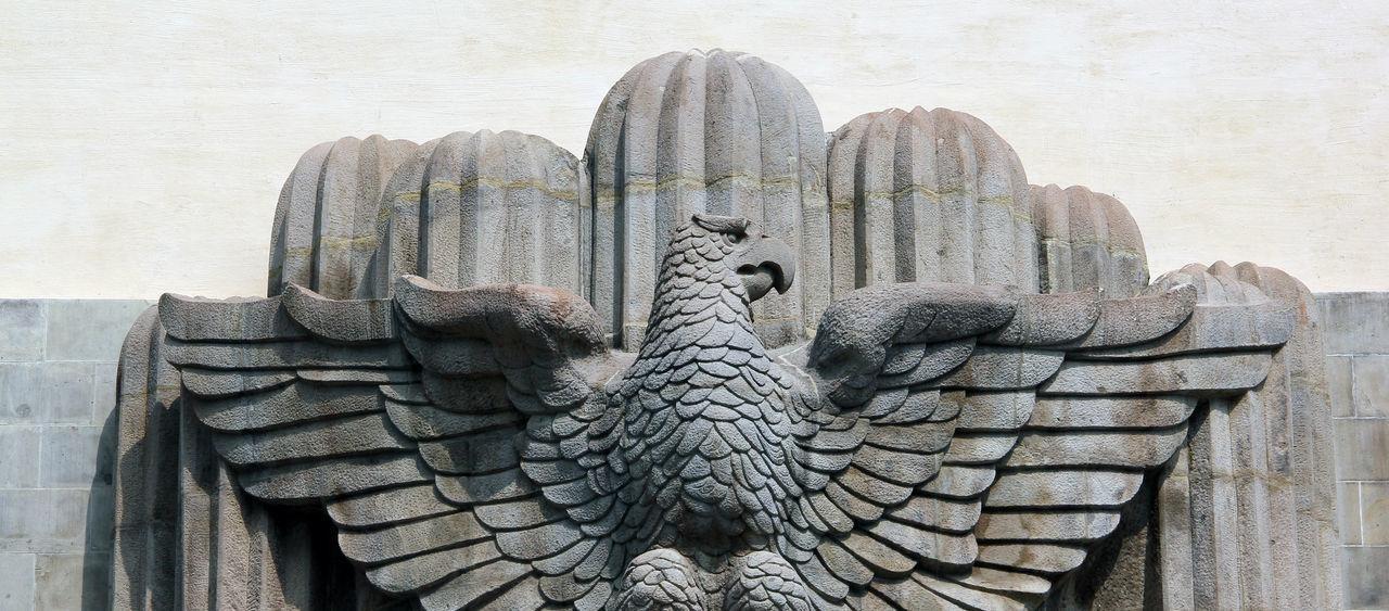 Monumento a Alvaro Obregón, Parque La Bombilla, San Angel. Architecture Day Historical Building Mexico Monument No People Outdoors San Angel Sanangel Sculpture Stone Carving Tourist Destination The Architect - 2016 EyeEm Awards