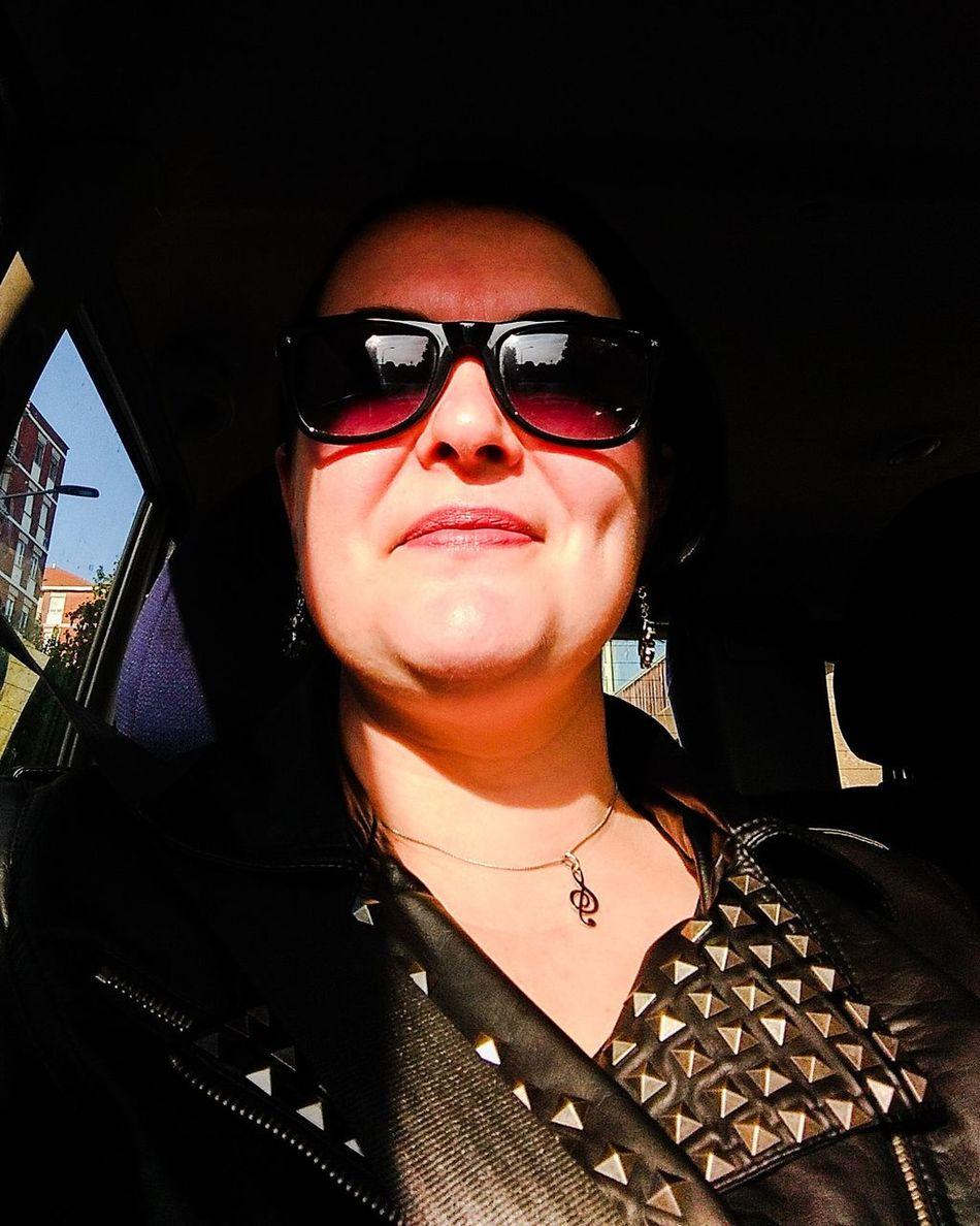 Buongiorno & Buon Martedì 😊 Alternative Rock Press Office Manager Music Manager Petecuta Media Music Rock Beatrice Beautiful Woman I Giardini Di Chernobyl Milano Ilovemywork
