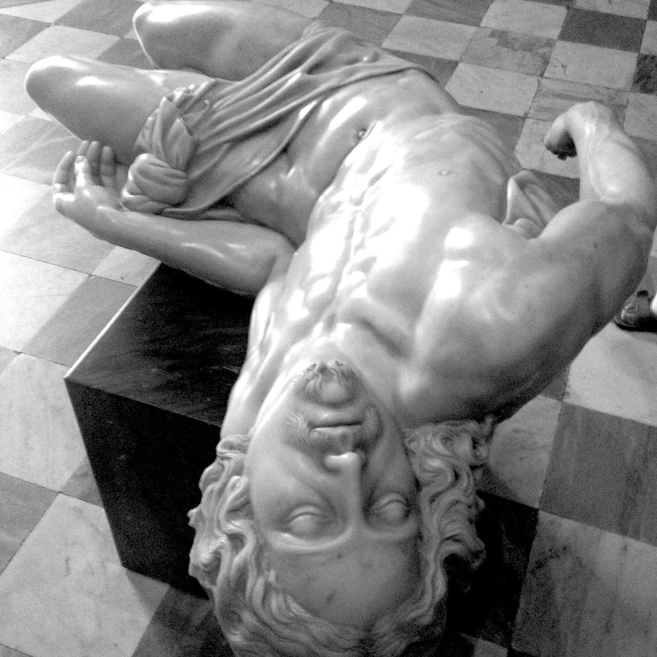 Bnw_friday_eyeemchallenge Museum Time Human Representation Statue Sculpture Close-up Marble