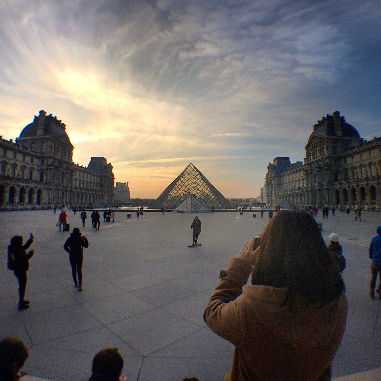 Pyramides | Architecture Building Exterior Built Structure Travel Destinations Real People Large Group Of People History Tourism Sky City Women Men Lifestyles Tourist Outdoors Day People Adults Only Adult Paris Louvre Museum