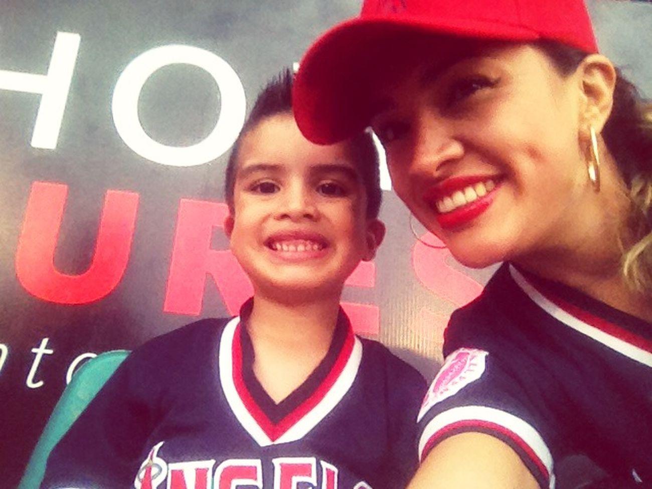 Awwwww!!!! Con mi beisbolistaaaaaa favorito!!!!! ❤️❤️❤️❤️❤️